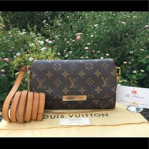 Louis Vuitton Favorite PM Monogram Crossbody Bag